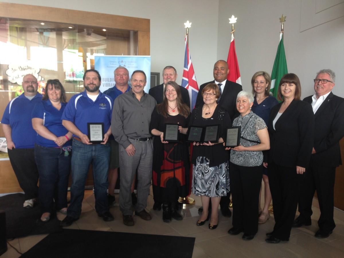Photo de groupe subvention Fondation Trillium de l'Ontario